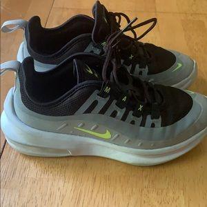 Nike boys size 1 sneakers